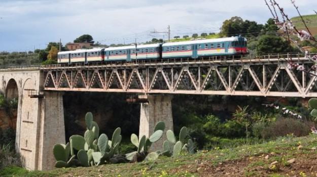 ferrovia, Mandorlo in fiore, treni storici, Agrigento, Cultura