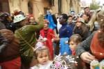 Parte il Carnevale sociale a Palermo, bambini in festa nel quartiere Borgo Vecchio - Video