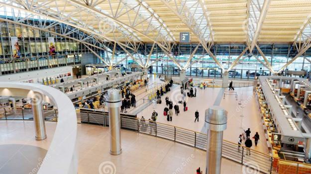 Aeroporto, allarme, Sicilia, Mondo