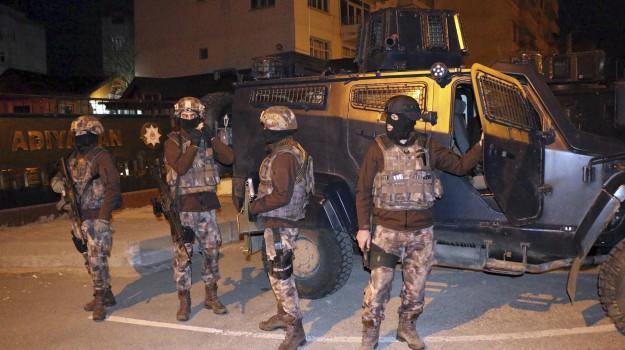 blitz anti terrorismo, Isis, Turchia, Sicilia, Mondo