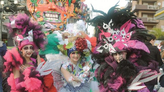 Carnevale di Sciacca, un solo weekend di sfilate ed esibizioni