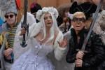 Sotto una pioggia di coriandoli, tra maschere e carri: in 115 mila al Carnevale di Venezia