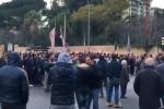 Contestazione contro Zamparini prima di Palermo-Crotone - Video