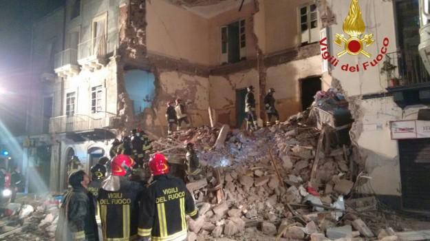 crollo, esplosione, Catania, Cronaca
