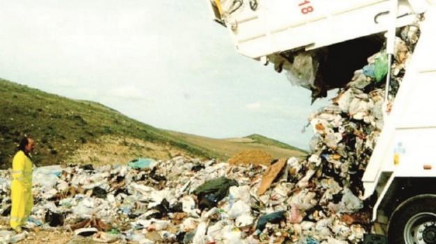 impianti compostaggio, raccolta differenziata, umido, Salvatore Cocina, Vania Contrafatto, Sicilia, Cronaca