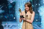 """""""La La Land anzi... Moonlight"""", gaffe agli Oscar. Nessun premio per Fuocoammare"""