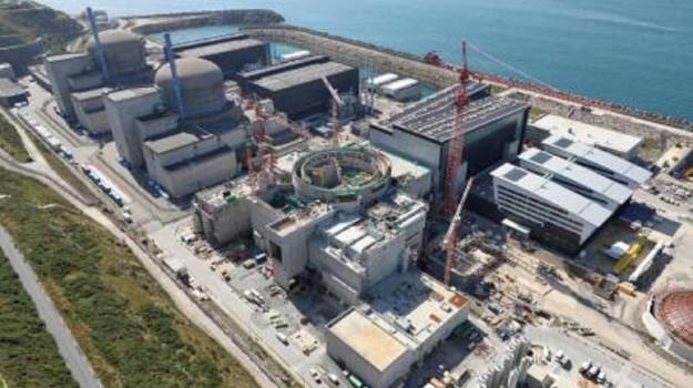 centrale nucleare flamanville, francia, Sicilia, Mondo