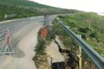 Una strada franata, Santa Margherita rischia l'isolamento