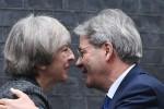 """Gentiloni alla May: """"Sulla Brexit negoziato non distruttivo"""""""