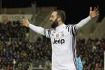 La Roma risorpassa il Napoli Higuain riporta la Juve a +7