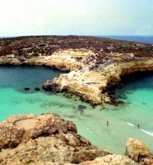 La Spiaggia dei Conigli è ancora la regina d'Italia per TripAdvisor, Cala Rossa ottava