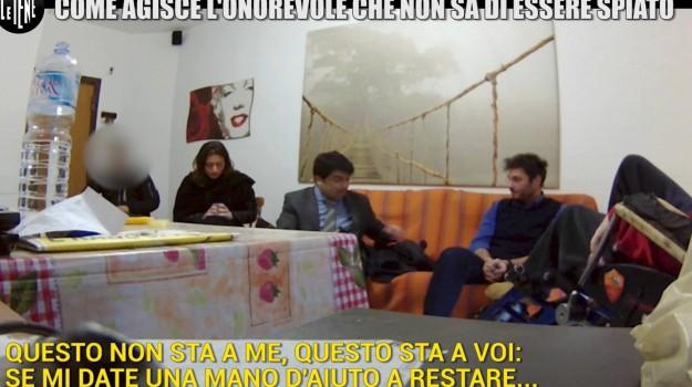 disabili, Le Iene, Gianluca Miccichè, Sicilia, Cronaca