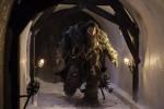 Una foto di scena di Neil Fingleton nella serie tv