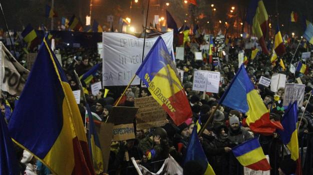governo romania, protesta romania, Sicilia, Mondo