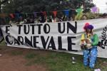Ironia dopo il pareggio, striscione dei tifosi rosanero: è tutto un carnevale