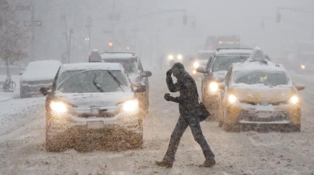 New York, tempesta di neve, Sicilia, Mondo