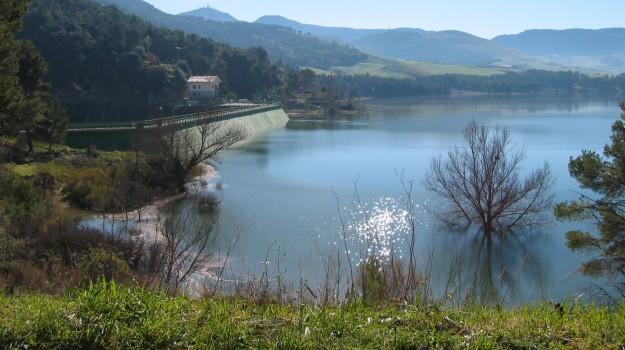 Interruzione idrica Caltanissetta, Caltanissetta, Cronaca