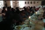 A tavola bendati, cena di beneficenza a Milazzo
