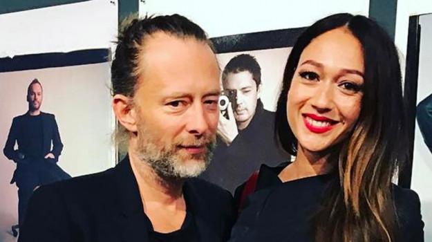 Dajana Roncione, Thom Yorke, Palermo, Società