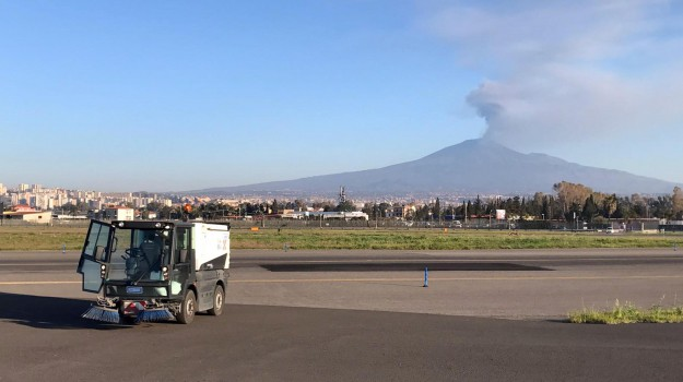 Aeroporto, comiso, etna, fontanarossa, Catania, Cronaca