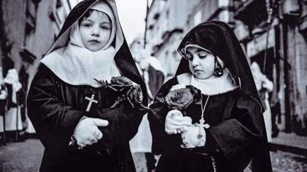 premio, venerdì santo, Enna, Società