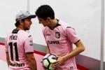 Force India si tinge di rosanero, Perez e Ocon con la maglia del Palermo