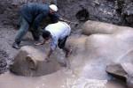 Alta otto metri, scoperta in Egitto statua di Ramses II: era sepolta nel fango