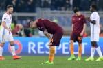 La Roma vince 2-1 col Lione, ma non basta: fuori dall'Europa