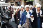 """""""La scuola adotta la città"""", a Palermo la sfilata degli studenti in abiti d'epoca - Foto"""