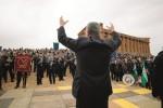 Festa del Mandorlo in fiore ad Agrigento, così 23 bande invadono la Valle dei Templi