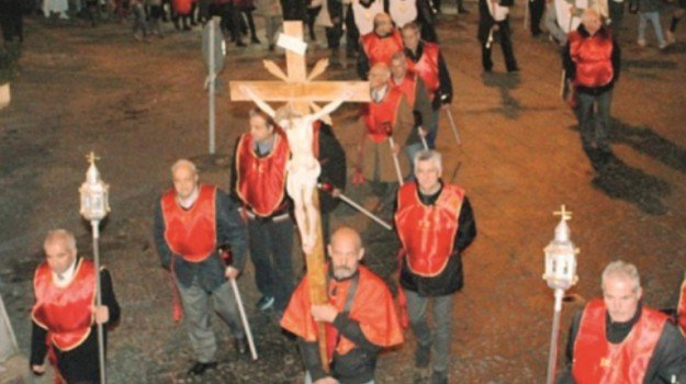 bronte, doppia sepoltura, Catania, Cronaca
