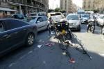 Paura a Palermo, cavallo imbizzarrito si stacca da una carrozza e scappa