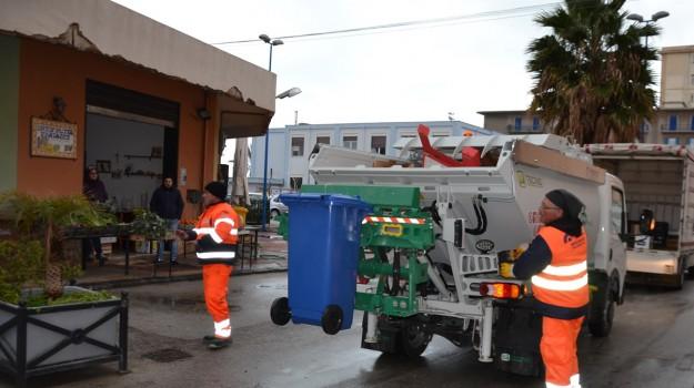 porto empedocle, rifiuti, sit in, Agrigento, Cronaca