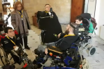 """Palazzo dei Normanni inaccessibile per i disabili, la commissione sanità """"trasloca"""" per riceverli - Video"""