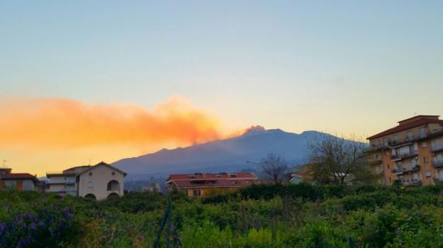 Aeroporto, eruzione, etna, Catania, Cronaca