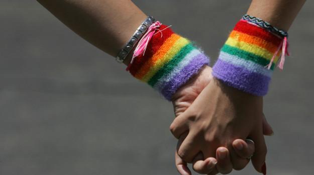 omosessuali, preghiera reggio emilia, pride, Sicilia, Cronaca