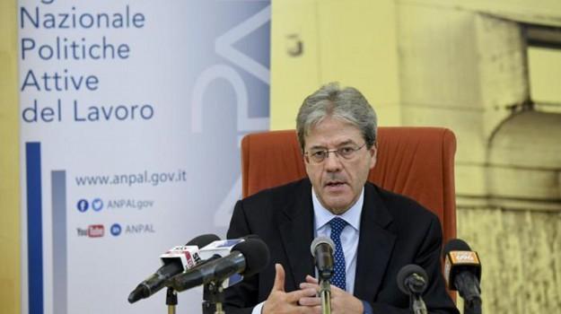 assegno di ricollocazione, jobs act, Paolo Gentiloni, Sicilia, Economia