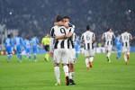 La Juve batte il Napoli in rimonta Ma i partenopei contestano l'arbitro