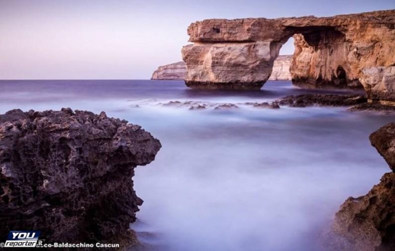Malta crollata la finestra azzurra l 39 arco fu lo - Finestra sul mare malta ...