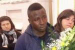 Giovane immigrata muore a Modica dopo il parto, commozione ai funerali