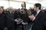 Il presidente della Repubblica Sergio Mattarella durante l'incontro con i familiari delle vittime di mafia, Locri - Ansa