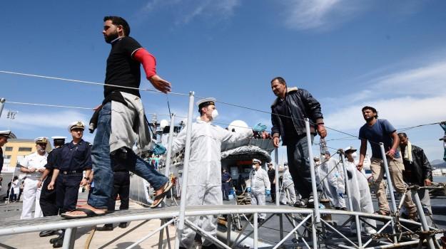 barca a vela, migranti, portopalo, Siracusa, Siracusa, Cronaca