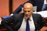 """Senato, Minzolini presenta le dimissioni: """"Sono una persona seria"""""""