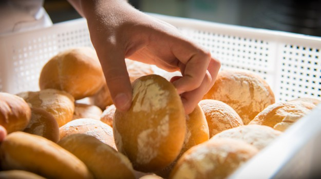 vendita pane, Siracusa, Cronaca