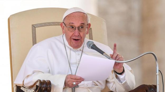 Chiesa, papa, religione cattolica, vaticano, Papa Francesco, Sicilia, Cronaca