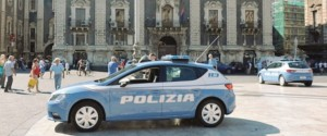 Mafia, blitz contro la cosca Scalisi in provincia di Catania: 15 misure cautelari