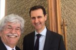 Il senatore di Forza Italia, Antonio Razzi, in un selfie con il presidente siriano Assad