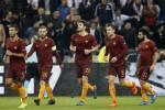 La Roma crolla a Lione 4-2: terza sconfitta di fila per i giallorossi