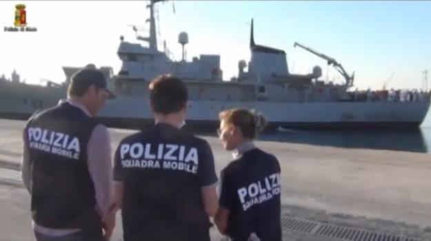 immigrazione, pozzallo, sbarco pozzallo, scafisti, Ragusa, Cronaca