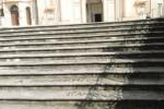 Vandali nel barocco, imbrattata la scala del Santissimo Salvatore a Noto